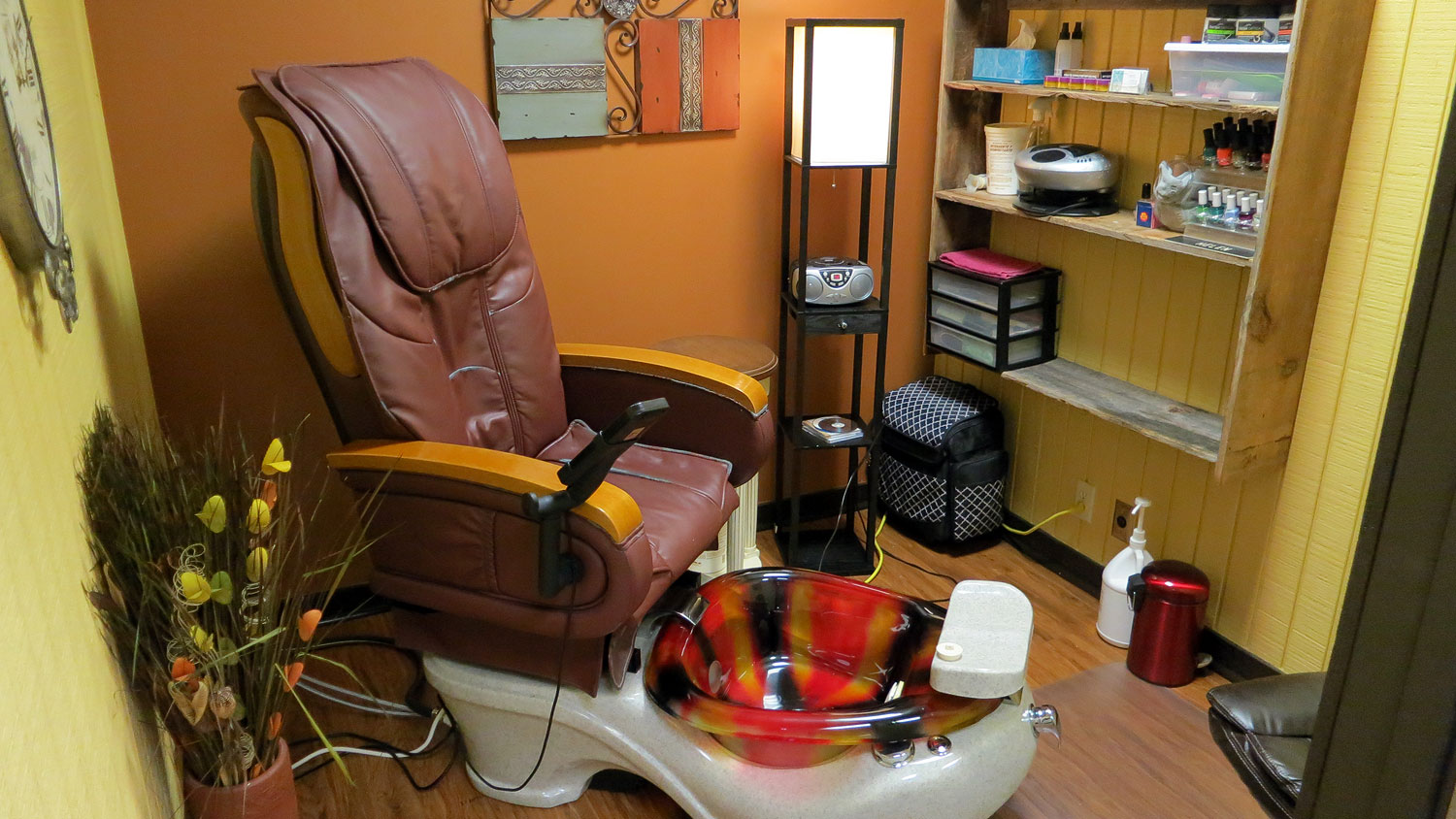 pedicure spa: Hair and Company, Racine, Wisconsin